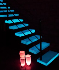 Laca acr lica que se ilumina en la oscuridad arte light for Piso acrilico transparente